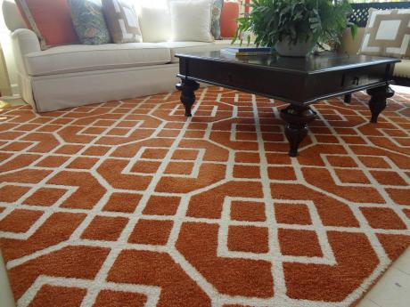 Octagon pattern rug